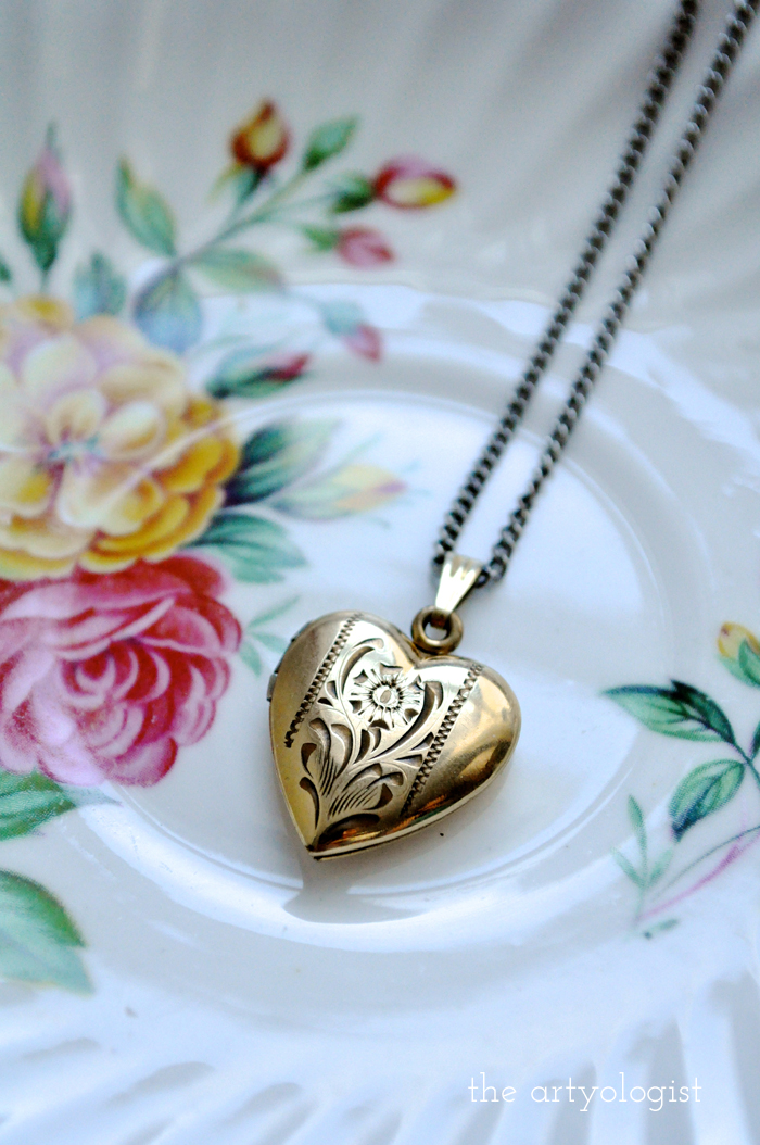 A Sentimental History of Lockets - The Artyologist